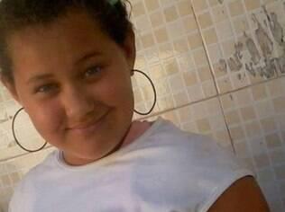 Outra menina desaparecida, Francielly Santos usou o Facebook para fazer um desabafo na última segunda-feira