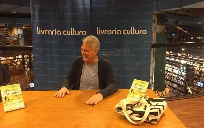 Pedro Bial no lançamento do livro