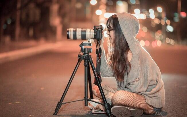 """""""Invista em novos ângulos, seja abaixando, subindo num muro. Tente olhar em volta para conseguir o melhor local para sua fotografia"""", diz o Ygor Marques"""