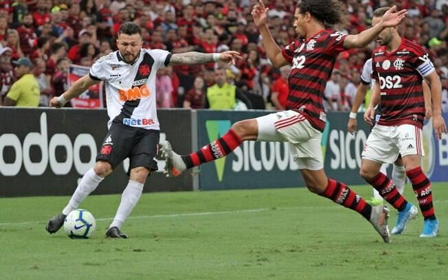Flamengo e Vasco fizeram clássico eletrizante no Maracanã