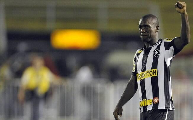 Seedorf traz toda a sua experiência para  tentar levar o Botafogo à disputa da Libertadores  de 2014