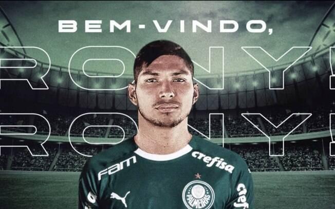 Rony chega ao Palmeiras para brigar por vaga no ataque