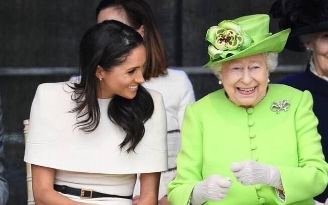 Meghan Markle falta à missa de aniversário da rainha por questões da gravidez