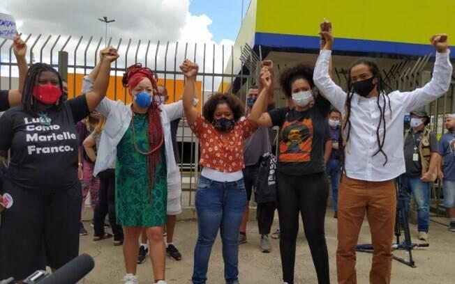 Movimentos convocaram protestos para esta sexta após homem negro ser espancado até a morte em unidade do Carrefour em Porto Alegre