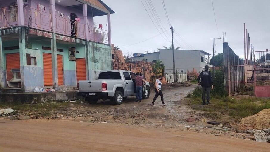 Polícia apreende pai e traficante por abuso sexual de duas meninas, de 8 e 12 anos em Manaus