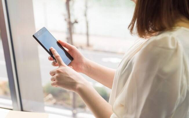O 'unfollow terapêutico' surgiu como uma alternativa para melhorar a autoestima sem abandonar as redes sociais de vez
