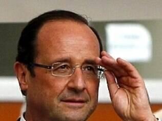 Hollande e Julie Gayet mantêm encontros longe dos olhares da mídia