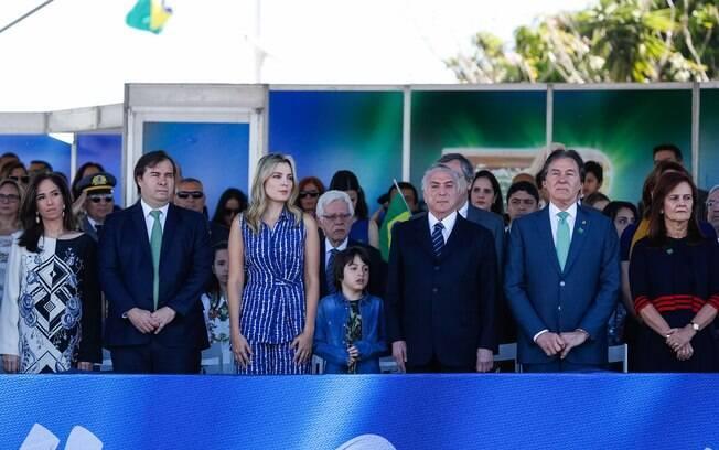 Em desfile de 7 de Setembro, Rodrigo Maia comentou atuação da PGR no caso envolvendo a JBS