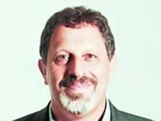 Marco Aurélio Crocco está preocupado com as contas