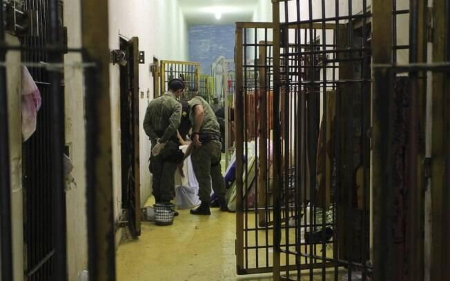 Violência nas prisões preocupa organizações defensoras de direitos humanos