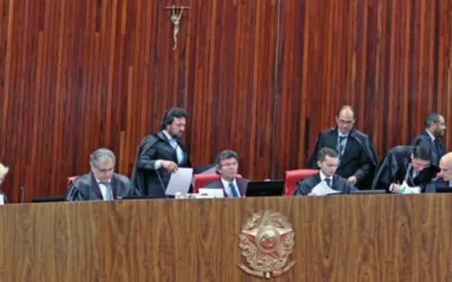 Decisão contra os partidos foi tomada pelo plenário do Tribunal Superior Eleitoral (TSE) nesta quinta-feira (26)