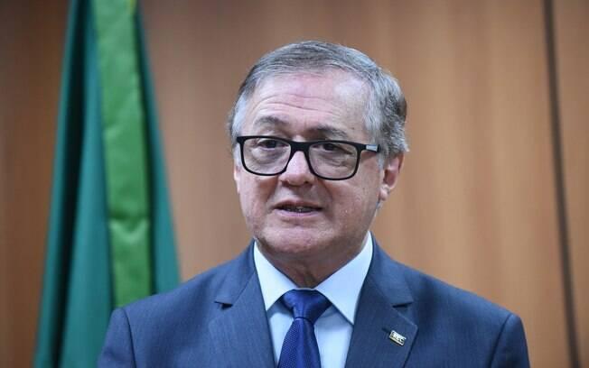 Ministro da Educação exonerou servidor que assinou edital polêmico do MEC sobre livros didáticos