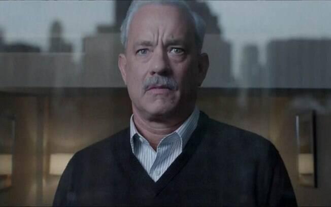 Tom Hanks encarna o papel do Capitão Sully Sullenberger em filme baseado em uma história verídica.