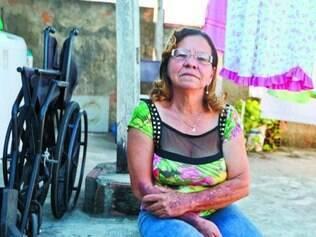 Vanda de Souza tem dificuldades para levar a mãe ao hospital