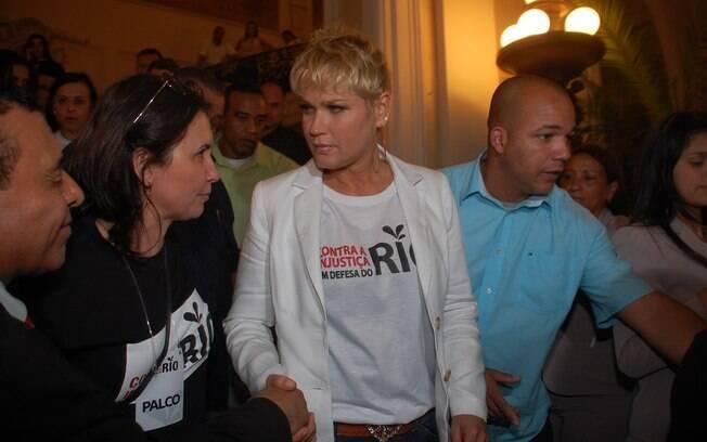 Xuxa também participou do protesto