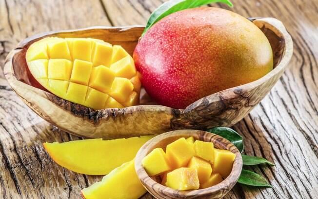 Alimentação e exercícios: manga é fonte de vitamina A, nutriente que ajuda a fortalecer o sistema imunológico