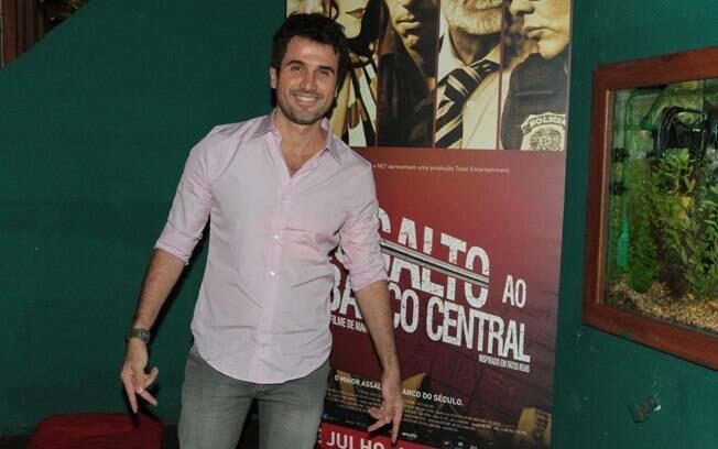 No filme, Eriberto Leão é um trambiqueiro que se envolve com a mulher do chefe