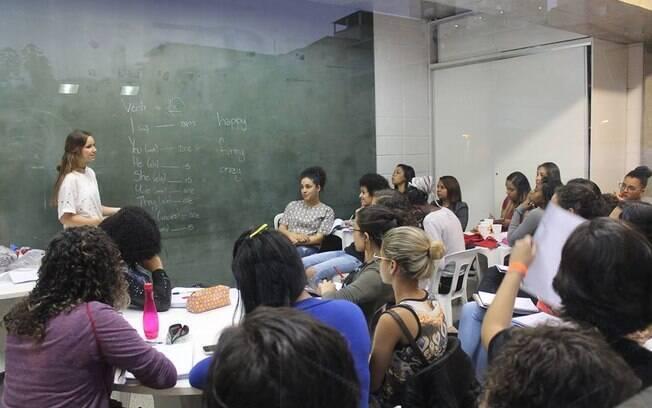 Amanda Areias fundou o Voice em 2017 e vem trabalhando juntamente a voluntários para acessibilizar idioma