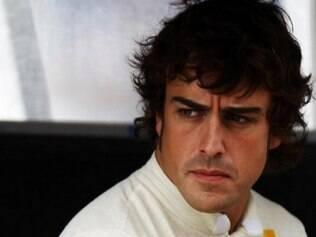 Quando está sério, Alonso fica ainda mais bonito! O piloto será um dos titulares da McLaren, em 2015