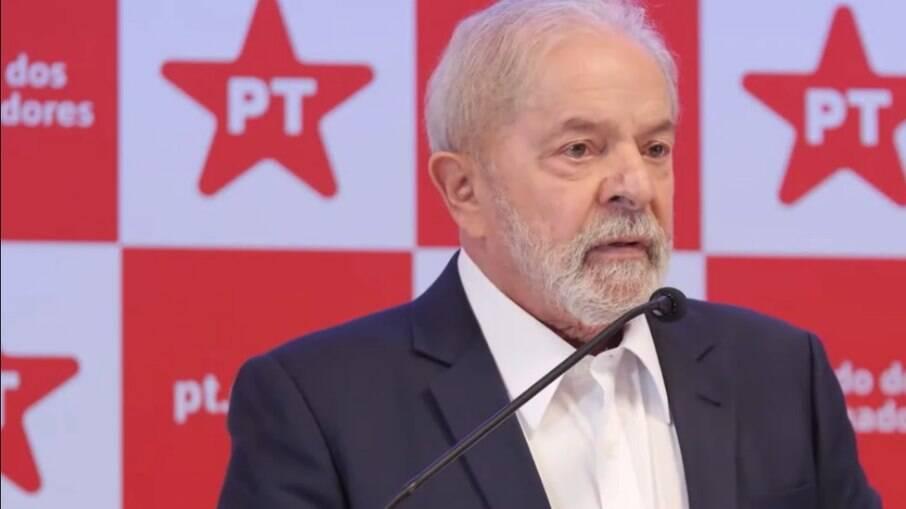Lula sugere que Ciro Gomes teve cérebro afetado pela covid-19