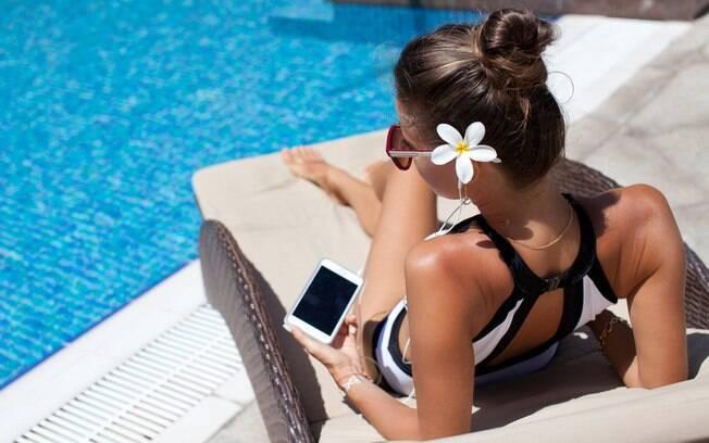 Para quem quer tirar foto ao redor da piscina e aproveitar o cenário, o resort oferece alguns horários alternativos; veja