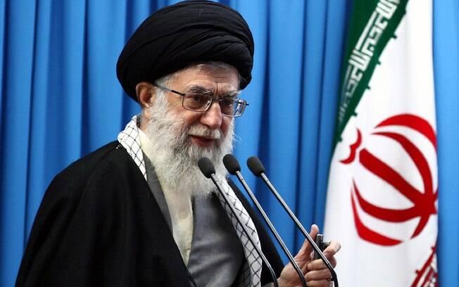 O aiatolá Ali Khamenei é o líder supremo do Irã e tem apresentado discordâncias do presidente
