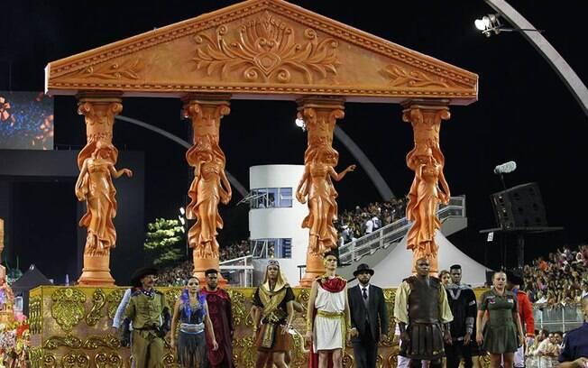 Acadêmicos do Tucuruvi fez desfile simbólico