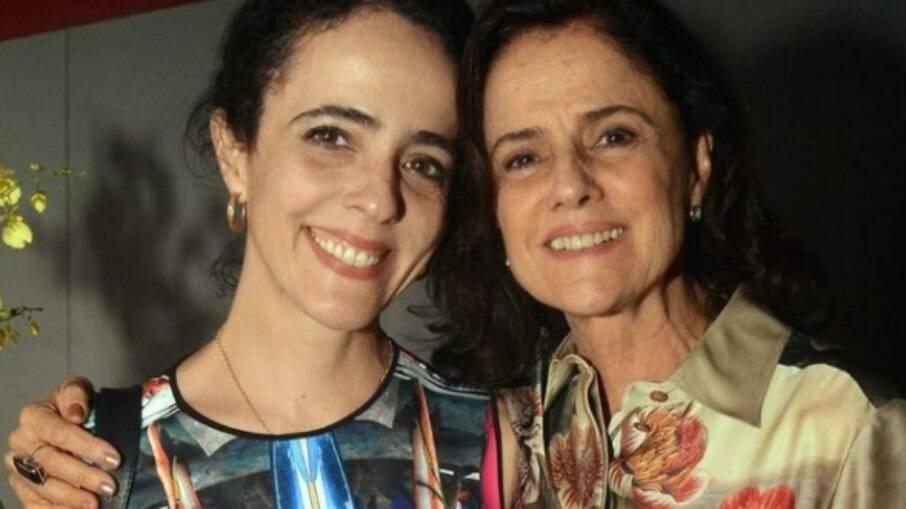 Filha de Marieta Severo e Chico Buarque fala de situação financeira