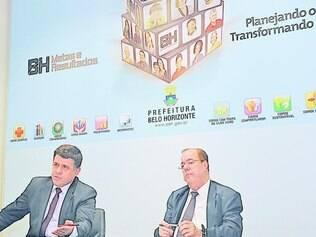 Anistia. O secretario municipal de Finanças , Marcelo Piancastelli (dir) disse que 30% dos devedores da PBH são pessoas físicas