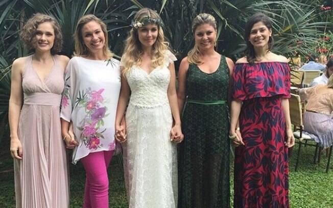 Graziela com as ex-paquitas Gisele Delaia, Andrezza Cruz, Bárbara Borges e Van Mello