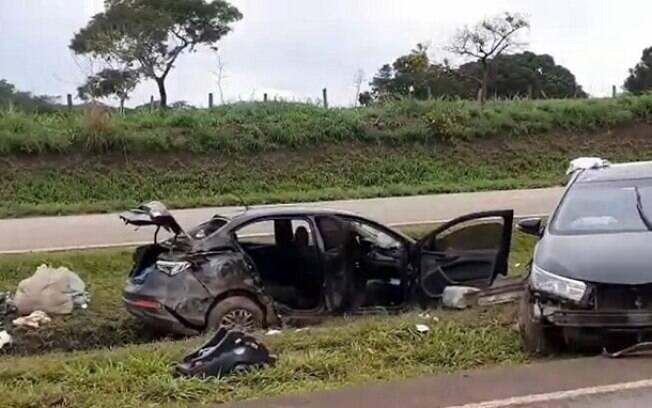 Acidente ocorreu próximo a Santo Antônio do Descoberto e as duas vítimas morreram