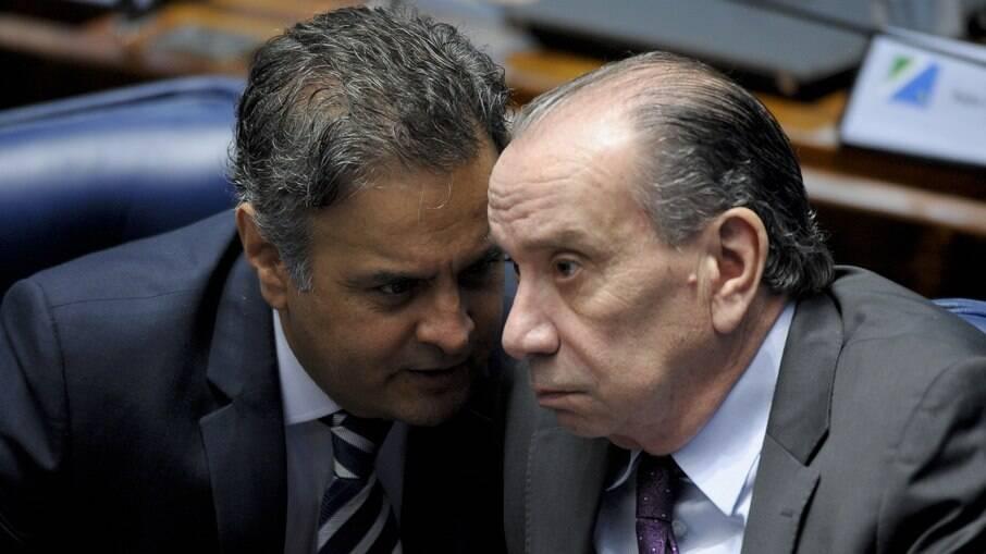 Aécio Neves (PSDB-MG)e  Aloysio Nunes Ferreira (PSDB-SP)