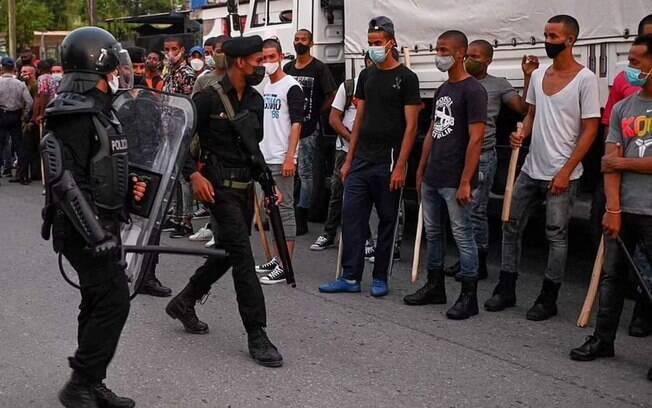 4º dia de protestos em Cuba: recrutamento forçado, invasão de casas e 160 desaparecidos