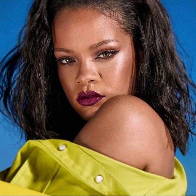 Rihanna pode estar sendo cotada para participar de