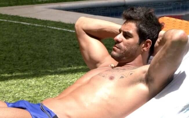 """BBB14: Diego diz qual seu tipo de mulher: """"Que substitua a minha mãe, mas que durma comigo"""""""
