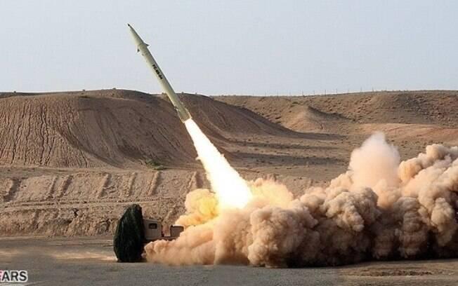 Irã confirma realizar cerca de 50 testes com mísseis balísticos por ano