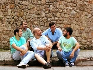 Grupo Casuarina, que ficou conhecido na Lapa carioca, interpreta clássicos de Caymmi