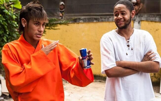Neymar e Emicida no Guarujá