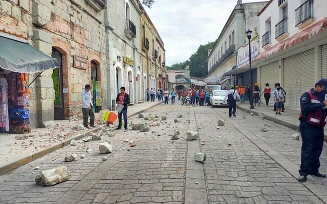O terremoto, de magnitude 7.1, causou danos no centro histórico da capital do México