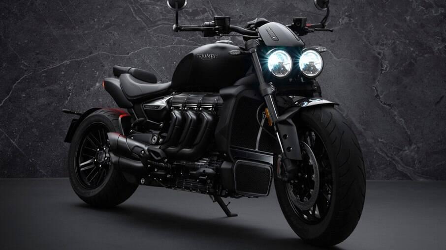 Triumph Rocket 3 R Black: versão topo de linha é capaz de acelerar de 0 a 100 km/h em meros 2,7 segundos, diz a fabricante
