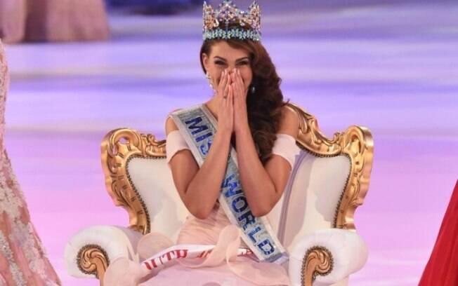 Miss África do Sul e Miss Mundo 2014, Rolene Strauss, logo depois de ser coroada.