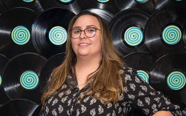 Lari Ferreira é o novo nome do sertanejo. Compositora assinou com a Som Livre para primeiro disco de inéditas