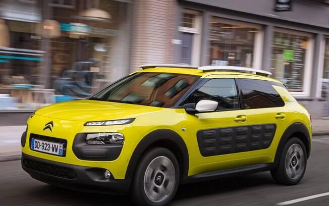 Há tempos circulando entre rumores, a Citroën deve lançar o C4 Cactus no Brasil no final de 2017
