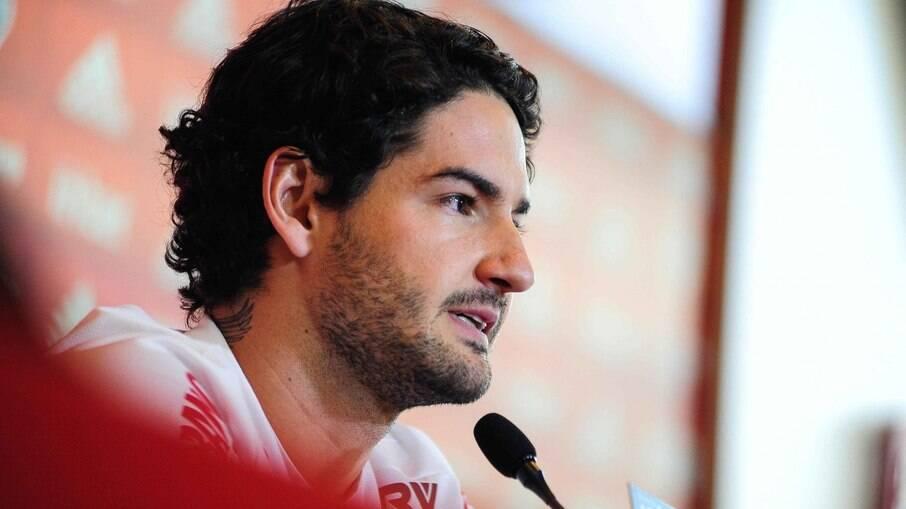 Pato fala sobre quase acerto com Flamengo