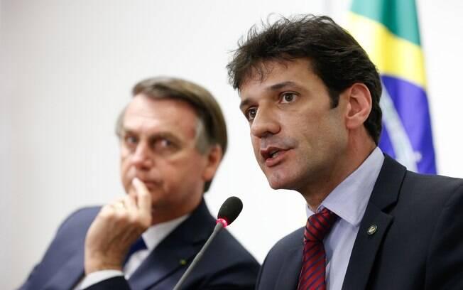 Bolsonaro e de Álvaro Antônio, ministro do Turismo
