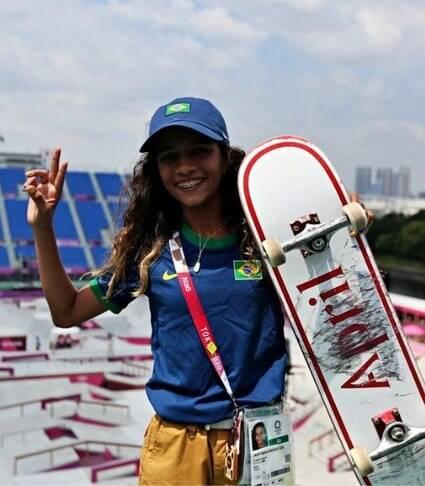 Conheça a história de Rayssa Leal, medalha de prata no skate