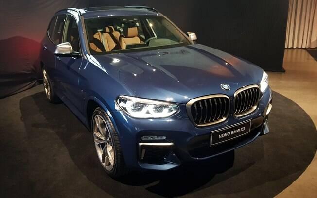 BMW X3: nova geração mantém o mesmo porte do atual, mas com ganhos de sofisticação e eficiência