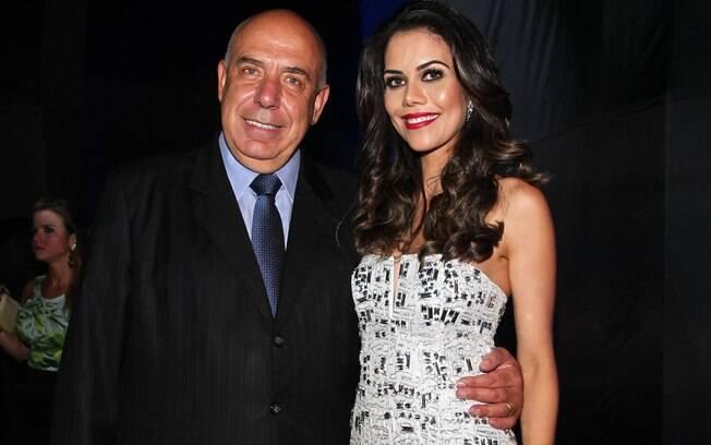 E a colega de emissora de Gimenez, Daniela Albuquerque também acabou se apaixonando pelo patrão. A apresentadora é casada com o presidente da emissora, Amilcare Dallevo