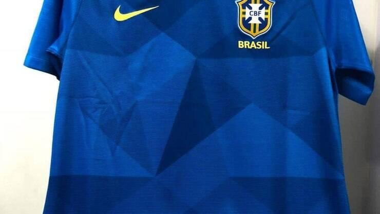 Vazam imagens das supostas camisas do Brasil para Copa do Mundo - Copa do  Mundo - iG d90b97705f701