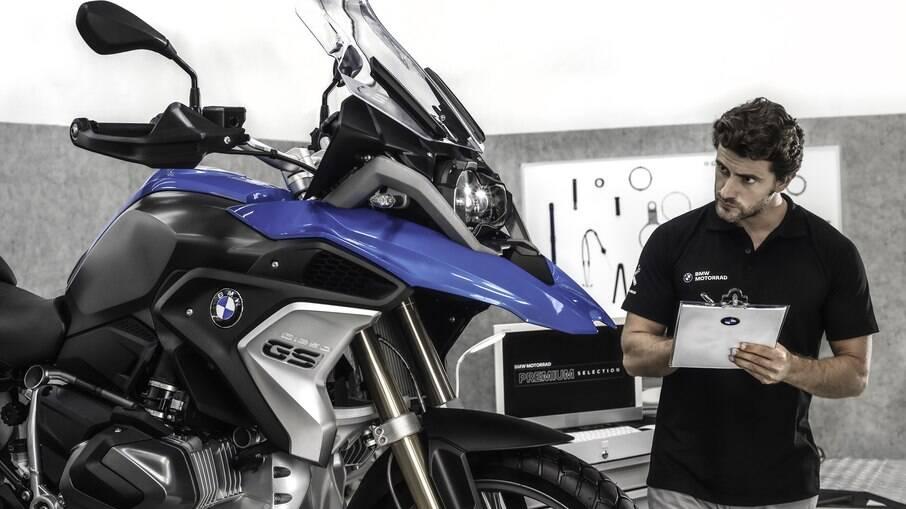 Programa de seminovos da divisão de motos da BMW começa a funcionar com Brasil com garantia de dois anos